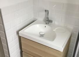 Desarrollo de reforma total en vivienda de más de 70 años - Detalle mueble baño