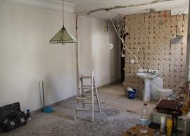 Desarrollo de reforma total en vivienda de más de 70 años - Salón (antes)